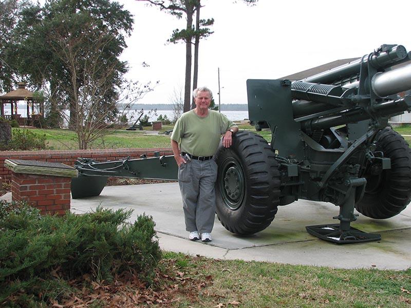 Lee w howitzer LeJeuneIMG_0261