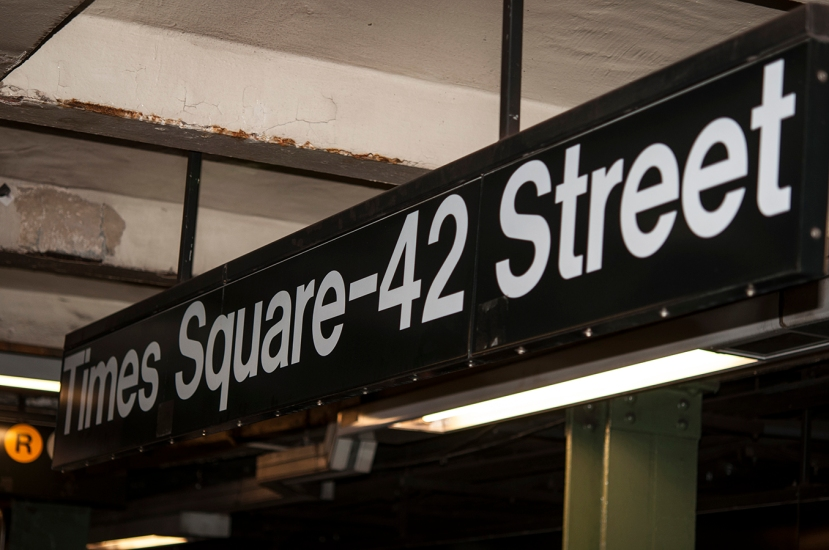 Times Sq. 42nd St signDSC_9115