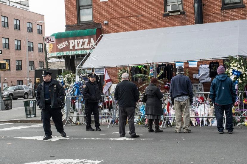 Tomkins memorial Pizza & visitorsDSC_8403