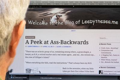 Lee computer w ass backwardsDSC_9614