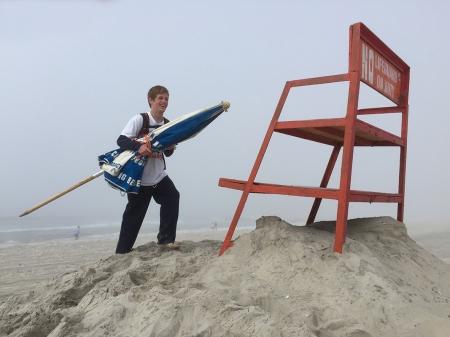 Lifeguard Quinn setting upIMG_2473