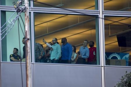 People in window DSC_0107