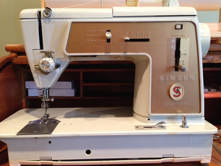 sewing machine IMG_5153