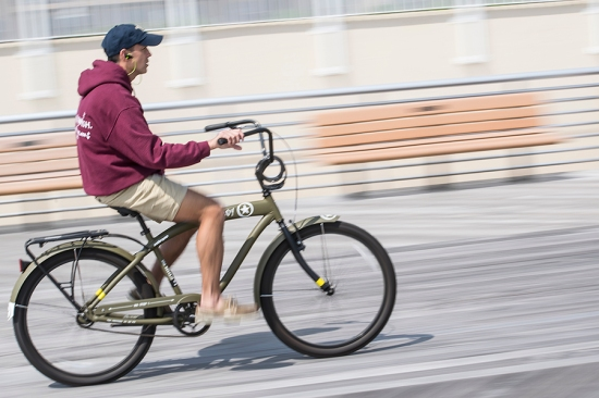 Biker with earbudsDSC_9770
