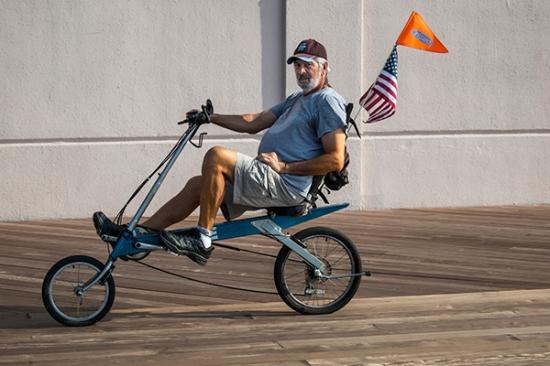 recumbent bike wi flag IMG_4622