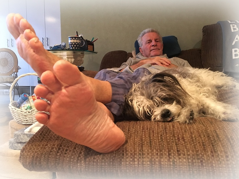 Bailey Lee's feet vign IMG_1485.jpg