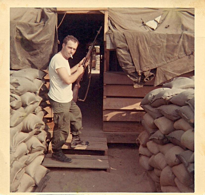 72a-Arthur in Vietnam 1.jpg