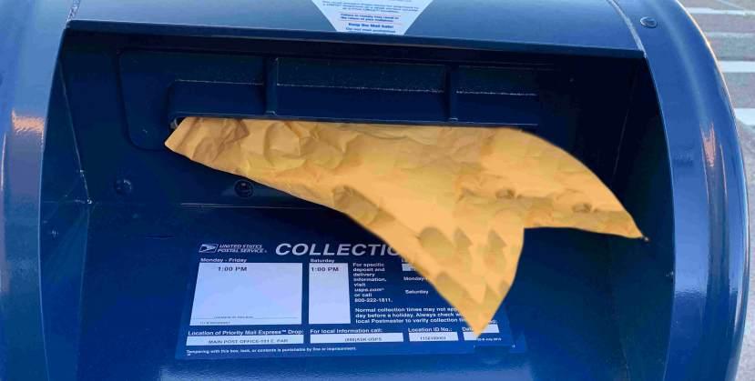 Fin envelope IMG_1519.jpg