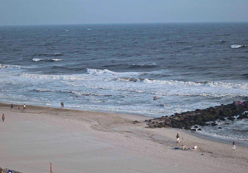beach IMG_2291.jpg