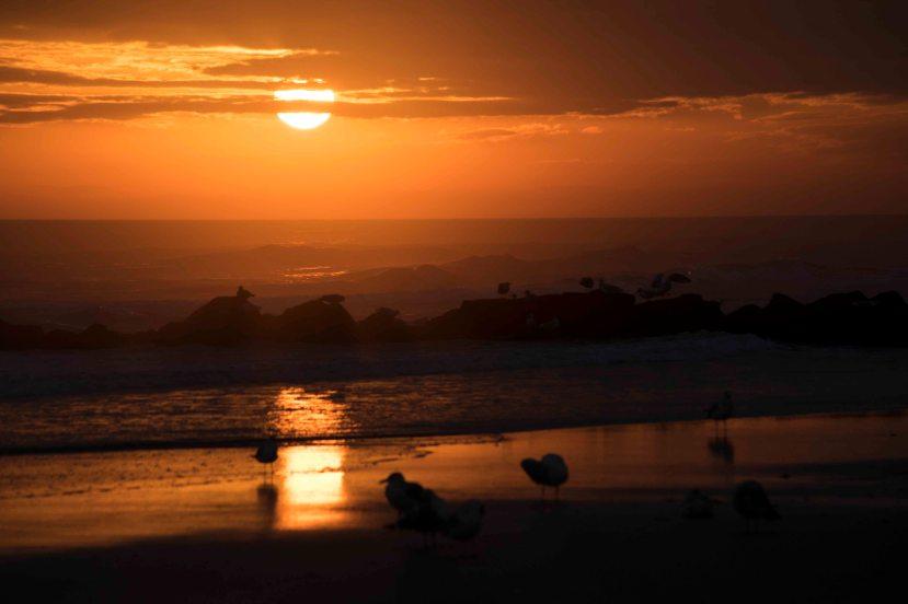 sunset surf DSC_7482.jpg