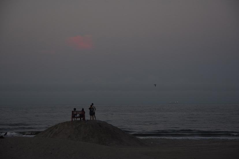 kids on lifeguard mound